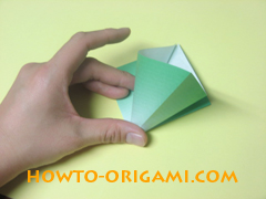 how to origami candy box instruction 10